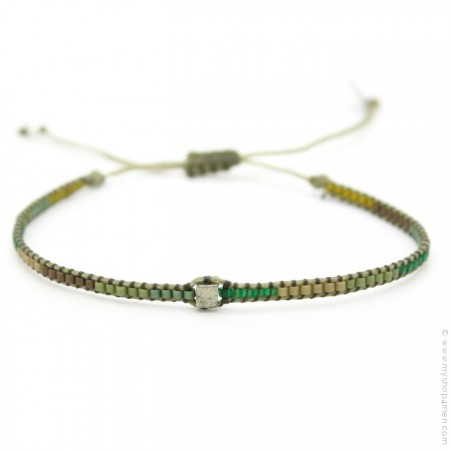 Bracelet boho carré kaki