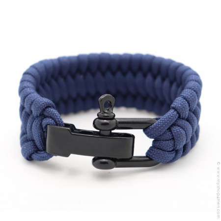 Navy blue survival paracord bracelet